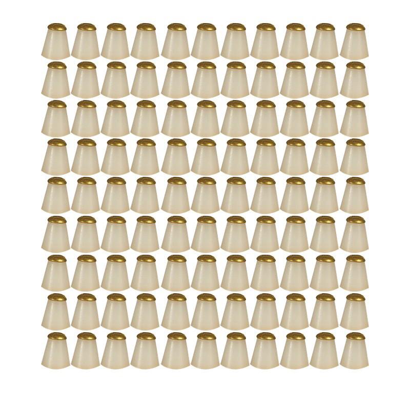 100 cônes d'espacement...