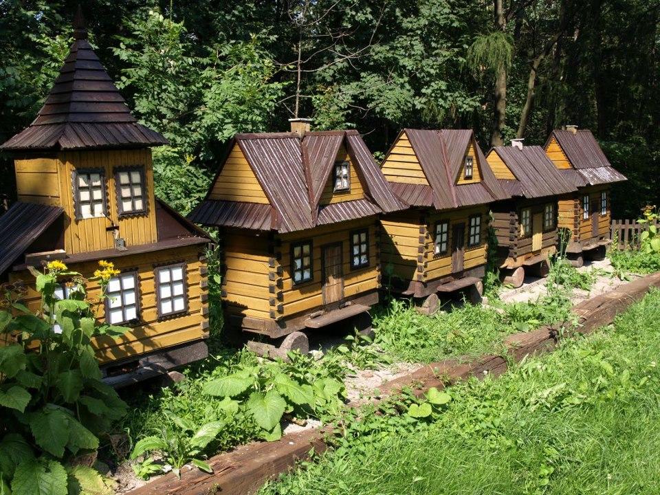 Des ruches en forme de maison