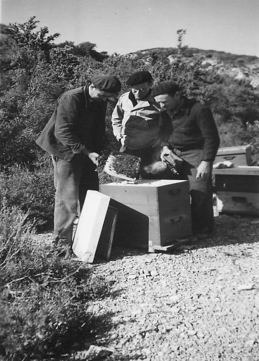 Eyguières 1963, Paul Lombard et son ami Gaston Chabaud